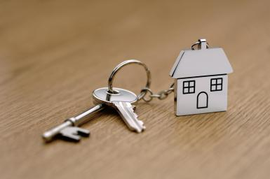 First Comes Love Than Buying a House? 2
