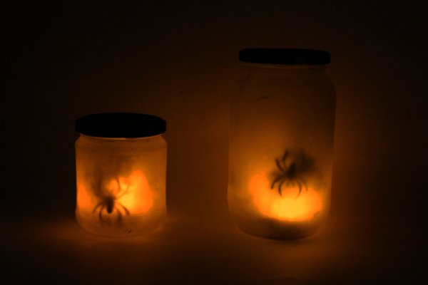 Spooky Spider Glass Jar Halloween Do-It-Yourself 4