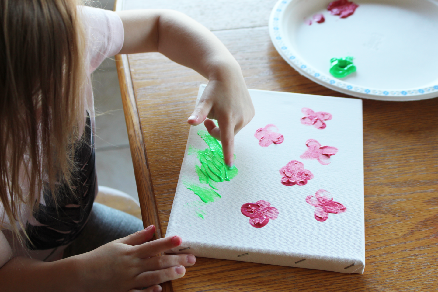 Teach Them Young! A Toddler Remembrance Day Craft! 5