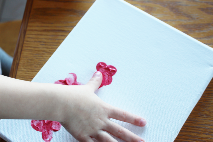 Teach Them Young! A Toddler Remembrance Day Craft! 2