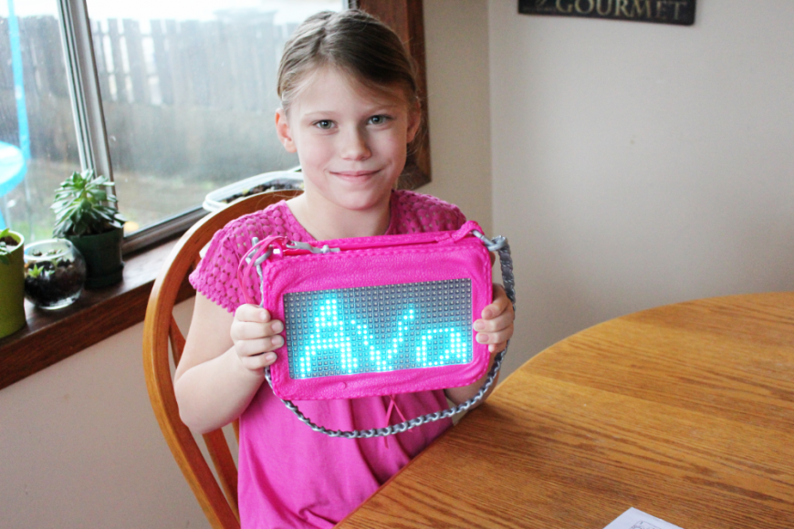 A Smart Pixel Purse With Fun Messages For Tweens! 6