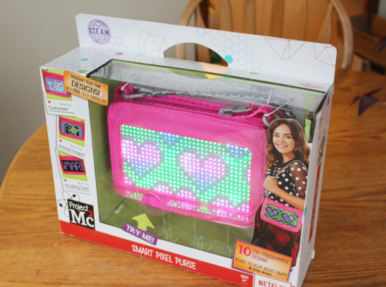 A Smart Pixel Purse With Fun Messages For Tweens! 1